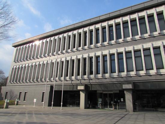 熊本県立図書館外観