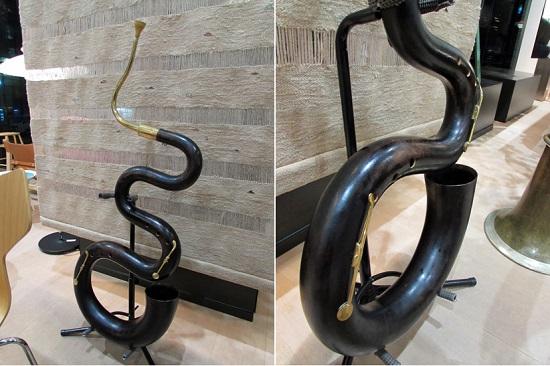 セルパンはくねくね曲がった蛇みたい・・・
